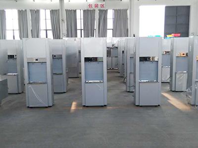 南京诚善生产车间包装区