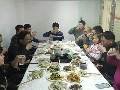 南京诚善员工共度平安夜
